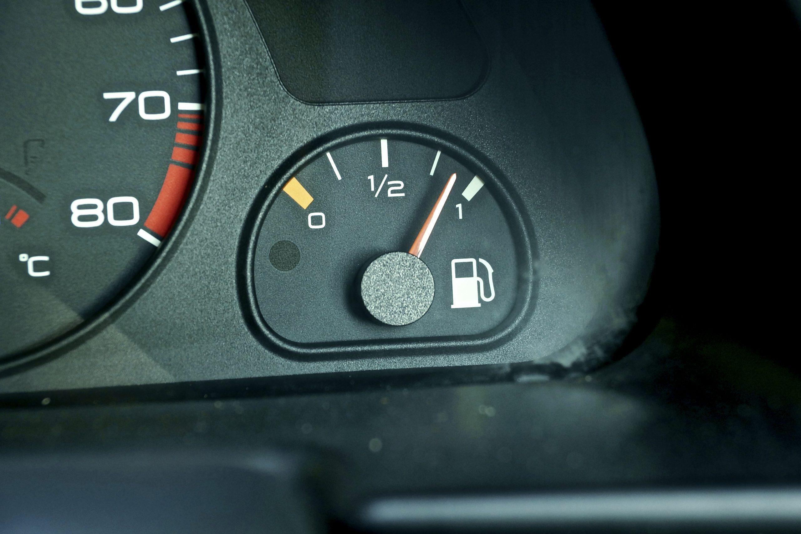 Peugeot 306 Rallye brandstofmeter